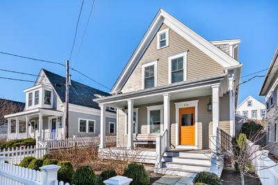 Main Photo: 414 Commercial Street, Provincetown, MA 02657
