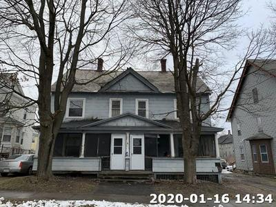 Main Photo: 117 Lincoln St, Pittsfield, MA 01201