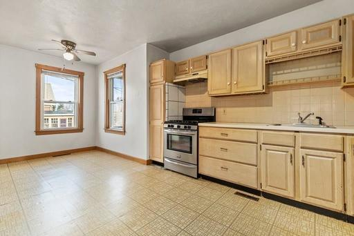 10-10R Nelson St, Plymouth, MA 02360 - Photo 17