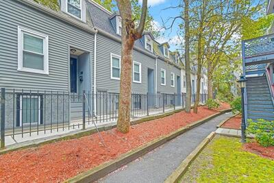 Main Photo: 1-3 Saint James Pl, Roxbury, MA 02119