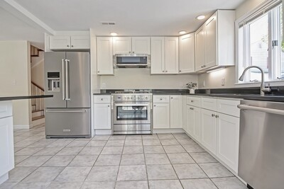 Main Photo: 129-1 Watervale Rd, Medford, MA 02155