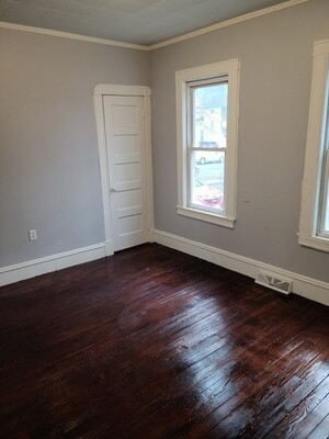 100 Northampton Avenue, Springfield, MA 01109 - Photo 6