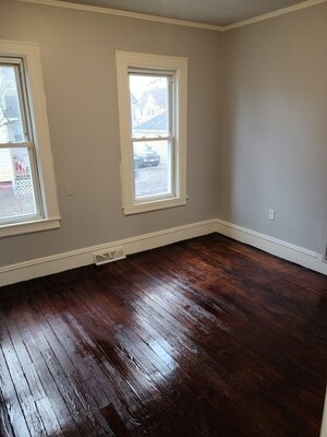 100 Northampton Avenue, Springfield, MA 01109 - Photo 7
