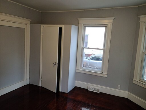 100 Northampton Avenue, Springfield, MA 01109 - Photo 11