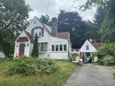 Main Photo: 902 East Street, Ludlow, MA 01056