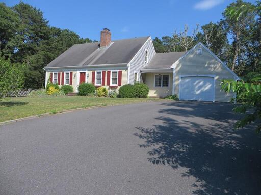 10 Haskell Ln, Harwich, MA 02645 - Main Photo