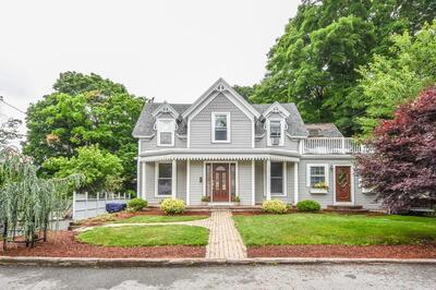 Main Photo: 44 Lincoln Street, Medway, MA 02053