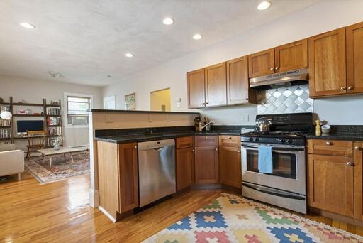 7 Waldo Avenue Unit 3, Somerville, MA 02143 - Photo 4