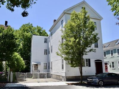Main Photo: 134 Thorndike Street, Cambridge, MA 02141
