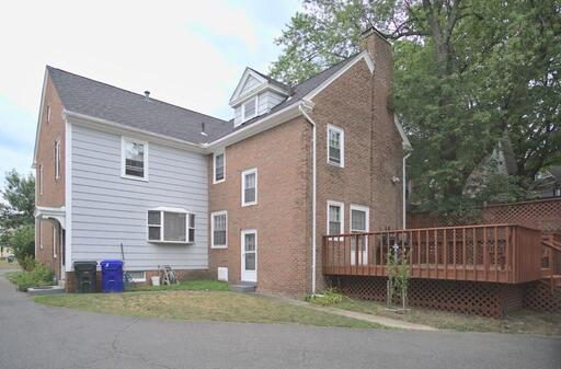 21 Buckingham Pl, Springfield, MA 01109 - Photo 27