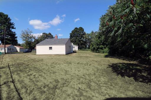 73 Alfred Cir, Agawam, MA 01001 - Photo 4