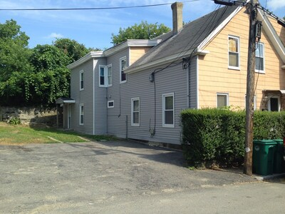 Main Photo: 10 Morris St, Fitchburg, MA 01420
