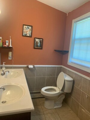 18 East Mountain St, Worcester, MA 01606 - Photo 4