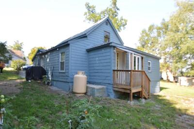 Main Photo: 45 Lakeview Ave, Sterling, MA 01564