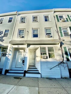 Main Photo: 270 Sumner St, East Boston, MA 02128