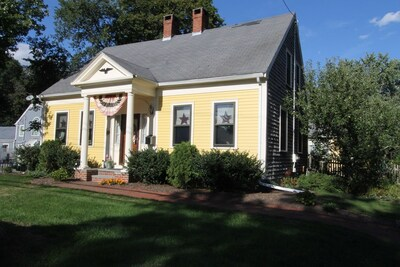 Main Photo: 301 N Franklin St, Holbrook, MA 02343