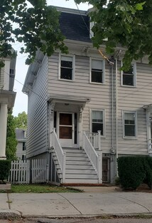 Main Photo: 15 Mellen St, Cambridge, MA 02138