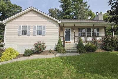 Main Photo: 51 Highland Ave, Russell, MA 01071