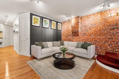 Main Photo: 51 Anderson St Unit B, Beacon Hill, MA 02114