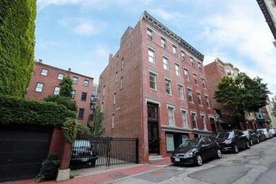 Main Photo: 47 Joy St Unit 2, Beacon Hill, MA 02114