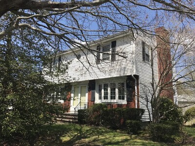 Main Photo: 442 Eastview Ave, Somerset, MA 02726