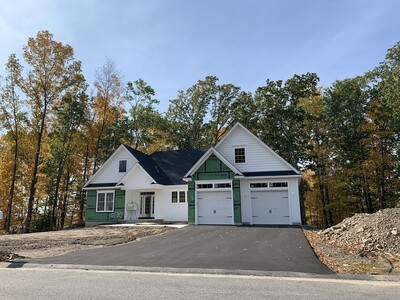 Main Photo: 8 Autumn Ridge Road, Ludlow, MA 01056