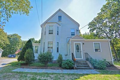 Main Photo: 236 Walnut St, Reading, MA 01867