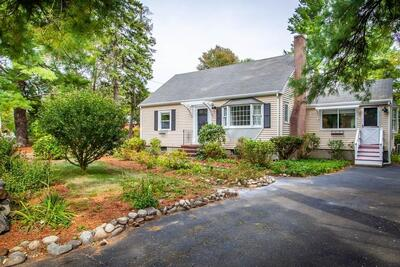 Main Photo: 33 Brooksbie Rd, Bedford, MA 01730