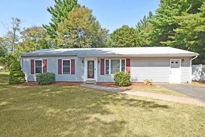 Main Photo: 149 Brook Cir, Hanover, MA 02339