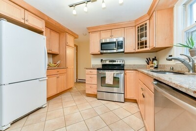 Main Photo: 5 Lakeview Rd Unit 5, Essex, MA 01929