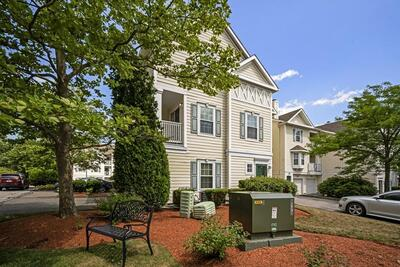 Main Photo: 905 Gazebo Circle Unit 905, Reading, MA 01867