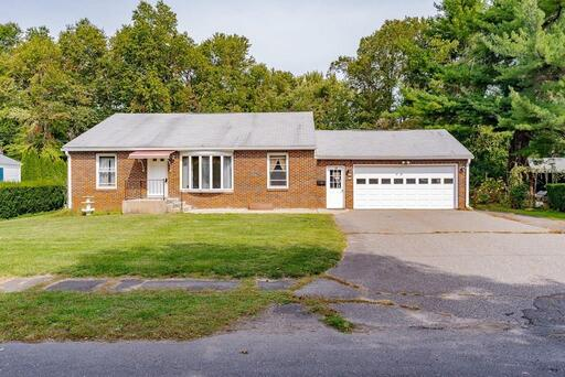 19 Meadowbrook Rd, Agawam, MA 01001 - Photo 1