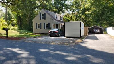 Main Photo: 28 Cross Rd, Uxbridge, MA 01569