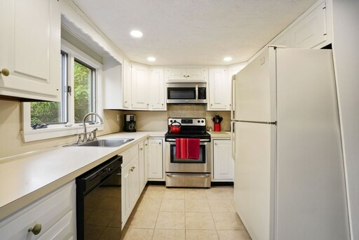 31 Trask Rd, Plymouth, MA 02360 - Photo 8