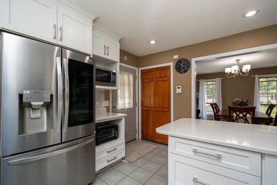 131 Clement St, Springfield, MA 01118 - Photo 1