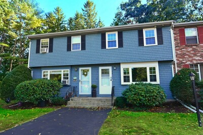 Main Photo: 5 Christopher Dr Unit 2, Easton, MA 02375