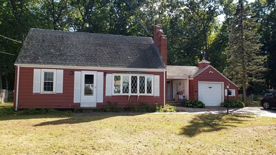 Main Photo: 28 Doane Ave, Agawam, MA 01001