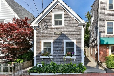 Main Photo: 130 Commercial St, Provincetown, MA 02657