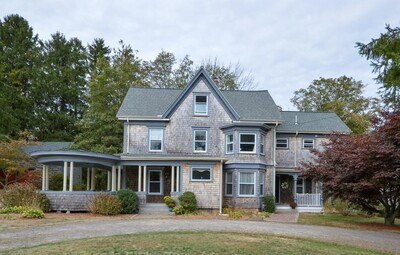 Main Photo: 576 Old County Rd, Westport, MA 02790