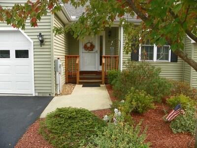Main Photo: 25 Caspian Way Unit 25, Fitchburg, MA 01420