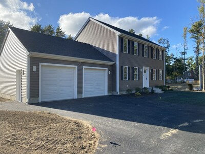Main Photo: 73 Rochester Rd, Carver, MA 02330