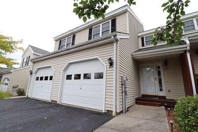 Main Photo: 102 Bridle Cross Road Unit 102, Fitchburg, MA 01420