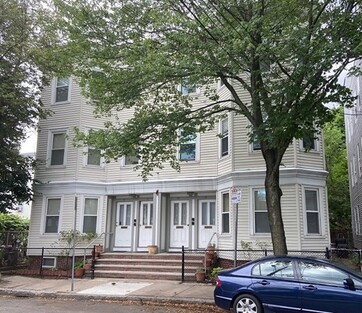 Main Photo: 15 Berkshire St, Cambridge, MA 02141