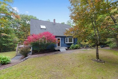 Main Photo: 115 West St, Pepperell, MA 01463
