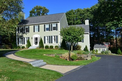Main Photo: 3 Christina Dr, Easton, MA 02356