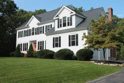 Main Photo: 17 Forest St, Medfield, MA 02052