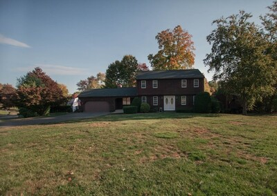 Main Photo: 186 Clover Hill Dr, Agawam, MA 01030