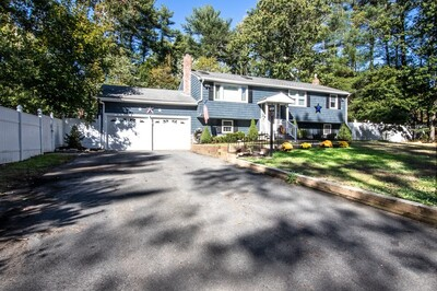 Main Photo: 93 Henrys Ln, Hanover, MA 02339