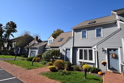 Main Photo: 32 Indian Cove Way Unit 32, Easton, MA 02375