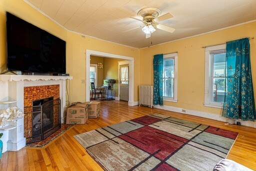20 Sargent Ave, Leominster, MA 01453 - Photo 7